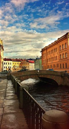Гарантированные номера в гостиницах <br> Санкт-Петербурга в августе!
